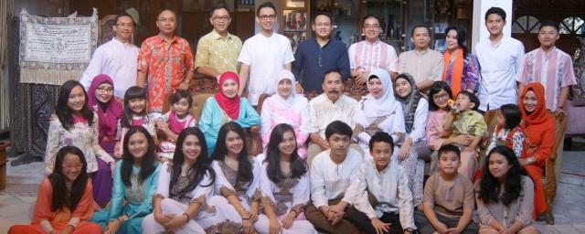 rio suryantoro keluarga besar